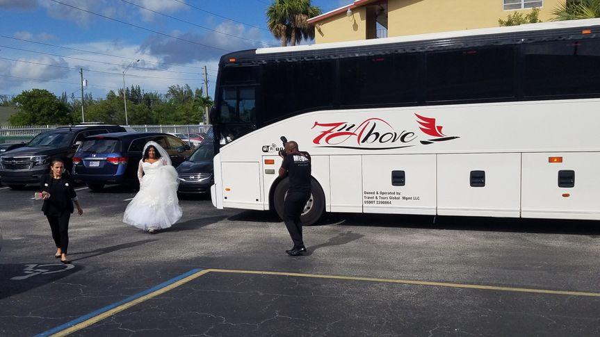 wedding bridecoachbus