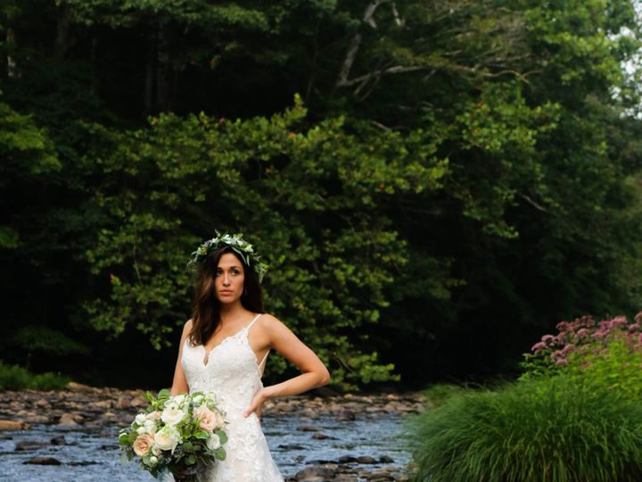 Tmx Img 8391 51 663062 157867945622368 Middletown, Connecticut wedding dress