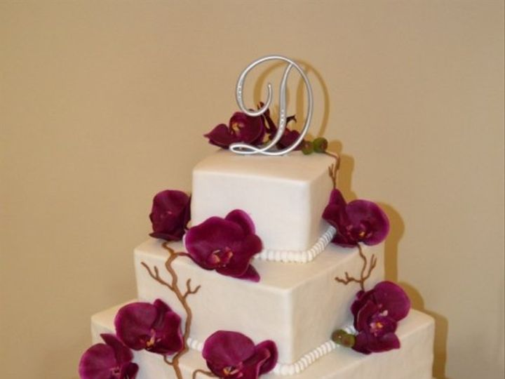 Tmx 1353774461959 DSC5561 Lenexa wedding cake