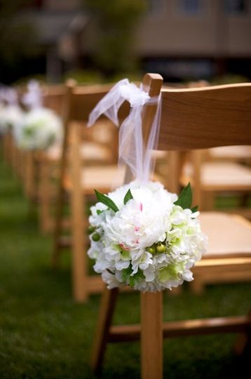Ceremony chair aisle marker