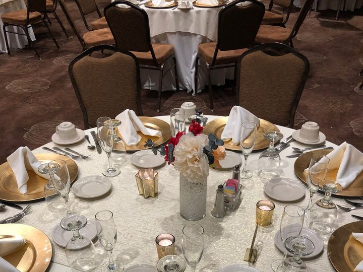 Tmx Gold Table Setting 51 620162 Tunkhannock wedding venue