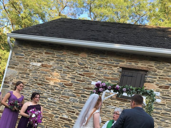 Tmx 69456073 2831115046908363 1424343805418536960 O 51 181162 1572111056 Ranson, WV wedding officiant