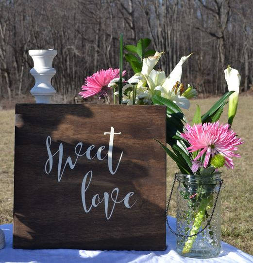 Sweet Love sign for your sweets table! Love is Sweet, Love is Sweet Take a Treat, or personalize!