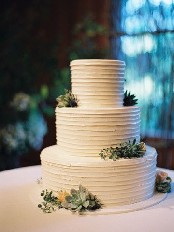 Tmx 1405283593240 Weddingcakesucculentsrosesworldforestrycenterbotan Portland, Oregon wedding florist