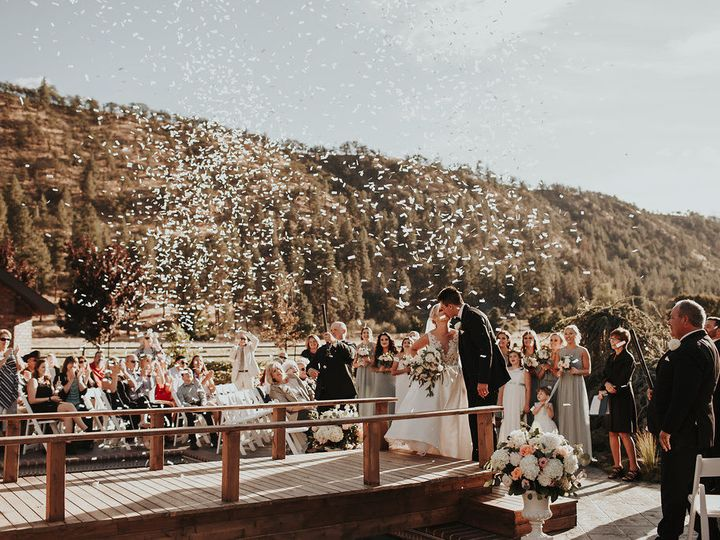 Tmx 1524168732 E8417dbd01f4979e 1524168731 D2669d87bb33915b 1524168730726 51 Dawnphotography C Portland, OR wedding planner