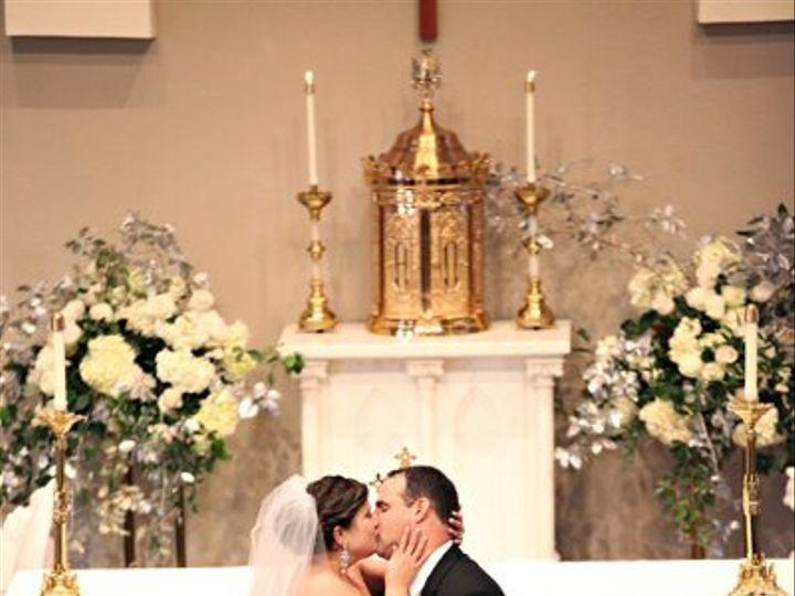 Tmx 1327591134809 Lewischewningwww.whiteboxblog.combethtaylorwedding03523low Raleigh wedding florist
