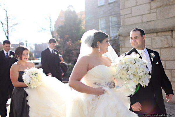 Tmx 1327591154950 Lewischewningwww.whiteboxblog.combethtaylorwedding03631low Raleigh wedding florist
