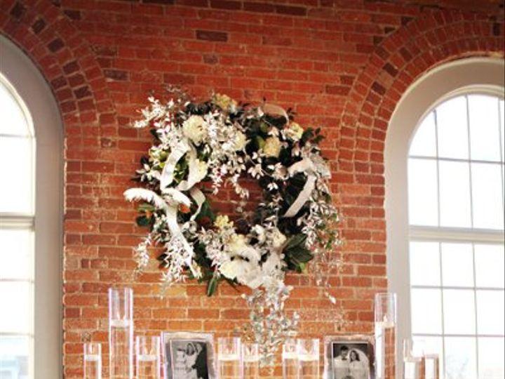 Tmx 1327591269028 Lewischewningwww.whiteboxblog.combethtaylorwedding04863low Raleigh wedding florist