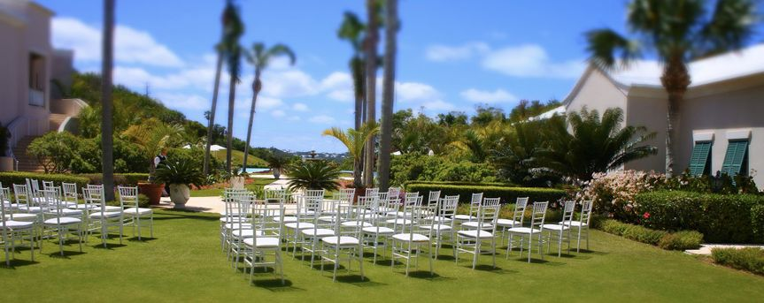 Rosewood tuckers point croquet lawn bermuda destination wedding and reception.