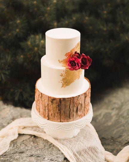 Wood and gold wedding cake
