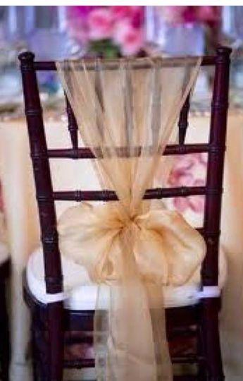Mahogany Chavari Chair