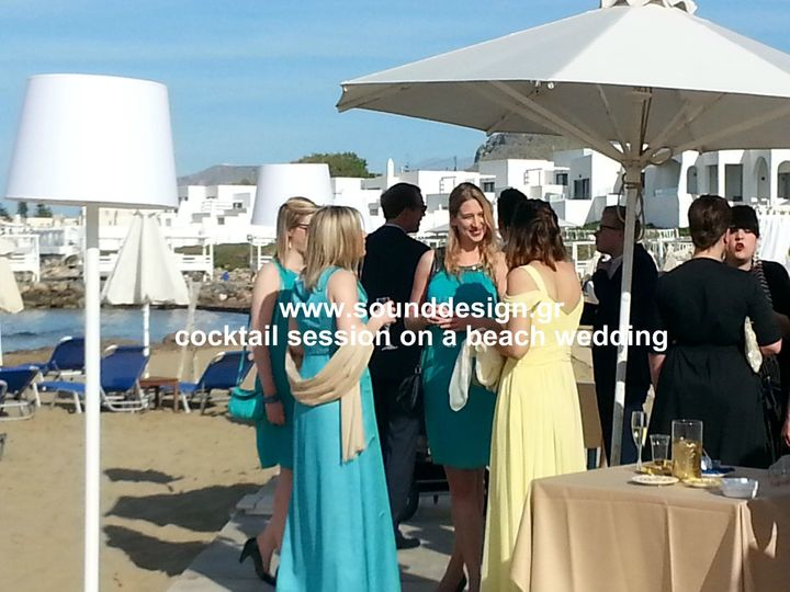 cocktail session on a beach wedding crete sounddes