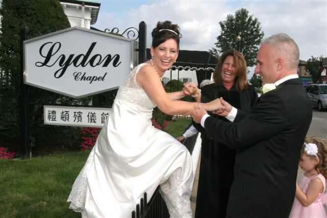 Tmx 1528387674 16512271a567bc57 1528387673 Cdd0b351836905f6 1528387667461 5 011 Quincy wedding officiant