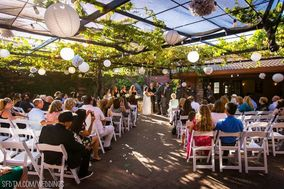 Mama Mia's Event Center and Catering