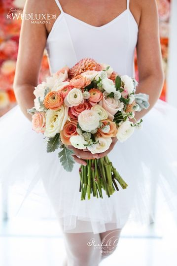 800x800 1436796191048 wedding bouquets toronto ballet