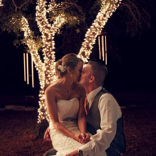 Couple kising