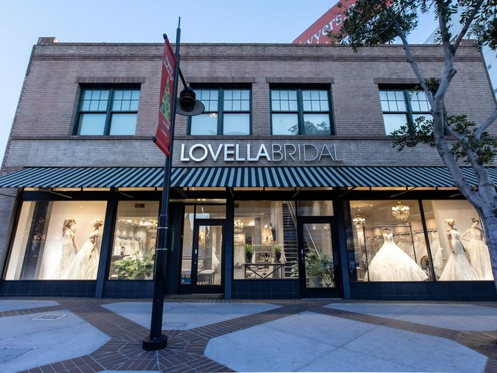 Tmx Lovella Store Photos Brian Leahy Photo 1 51 18262 Glendale, CA wedding dress