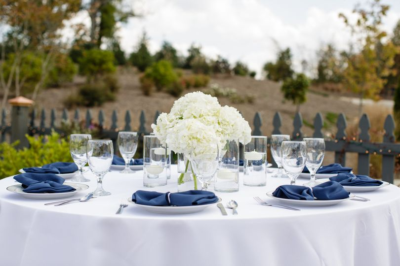 Blue Willow Events | Robyn Van Dyke Photography #northcarolinaweddings #carolinaweddings...