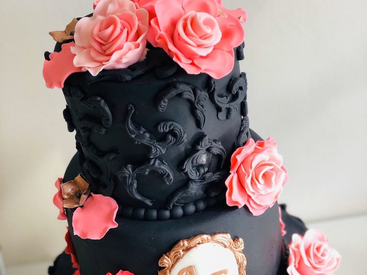 Tmx D9a160d4 4f32 400b B1f3 66494020761f 51 40362 161228333340742 Elizabeth, NJ wedding cake