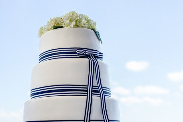 3-tier blue ribbon wedding cake