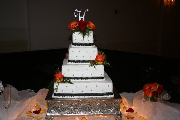 Tmx 1264818434329 Picture020 Scottsburg wedding cake