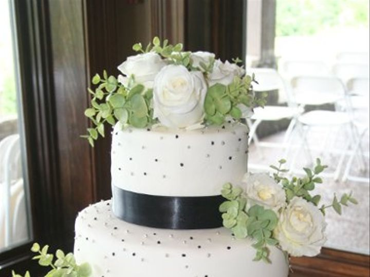 Tmx 1281372457016 Cake022 Scottsburg wedding cake