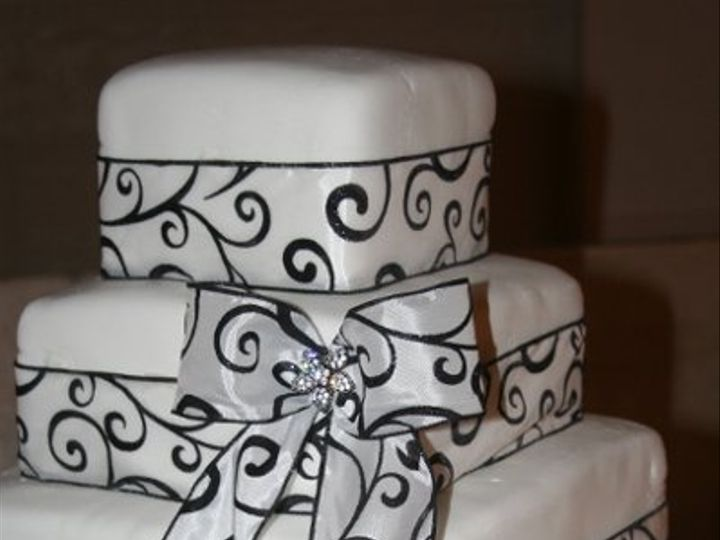 Tmx 1281372543534 017 Scottsburg wedding cake