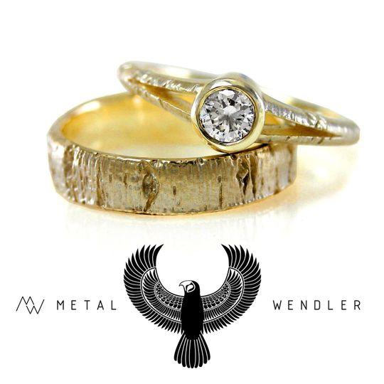 50b31f990180a977 IMG 2133 SET Metalwendler Yellow gold wedding bands3