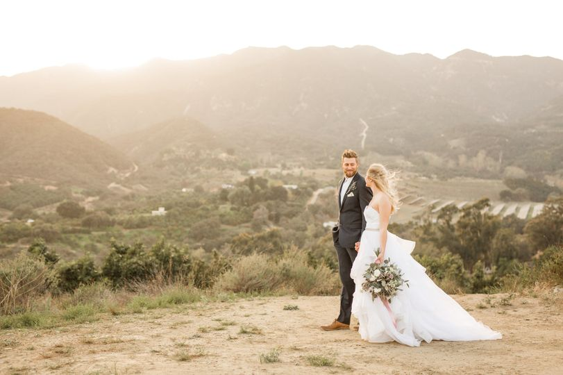A sun-soaked location (Lisa RIley Photography)