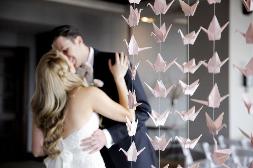 A fairy tale kiss - Pepper Nix Photography