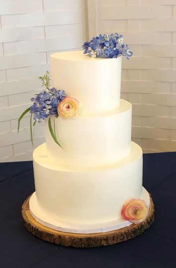 Clean and simple wedding cake