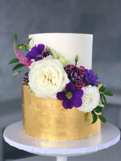 Gold leaf and fresh flowers