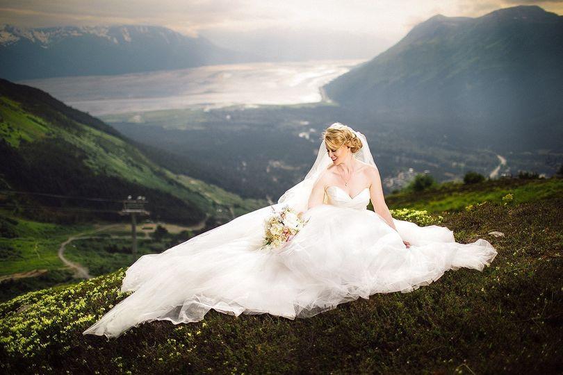 e27d58708b76b565 1439337962931 alyeska bride