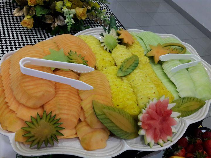 Gourmet fruit tray