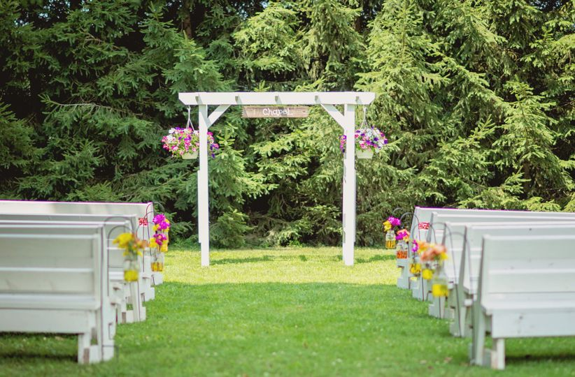 The arbor decorated