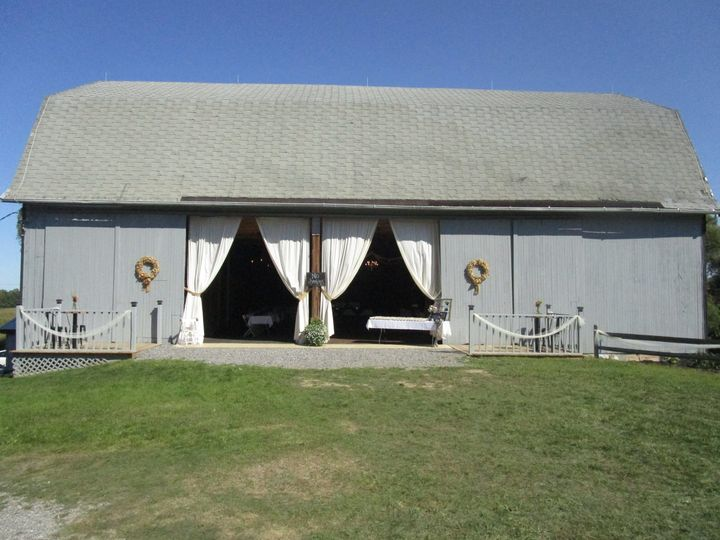 90 year old barn decorated for events