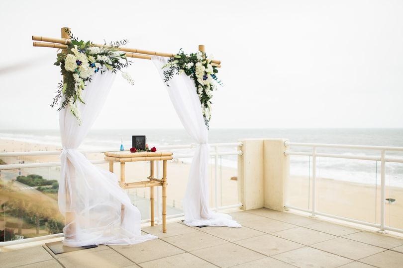 800x800 1499961234675 Sundeck With Bamboo Arch And Sand Ceremony ...
