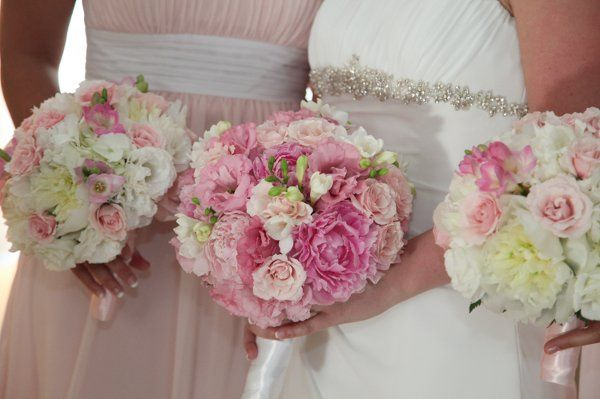 Pink Bridal Bouquets for a Wedding in Buffalo, NY by Lipinoga Florist