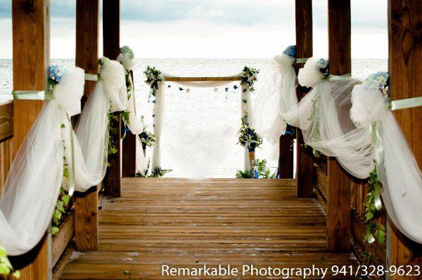 Outdoor wedding decors