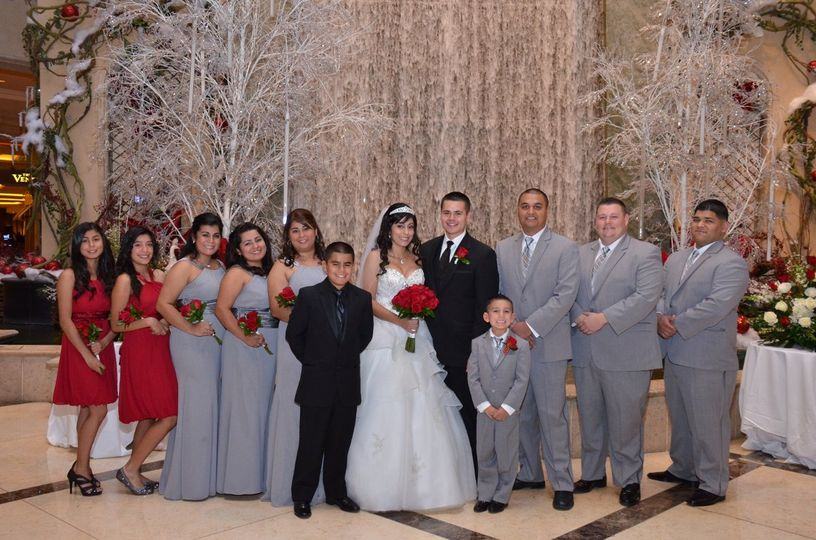Palazzo Waterfall Ceremony