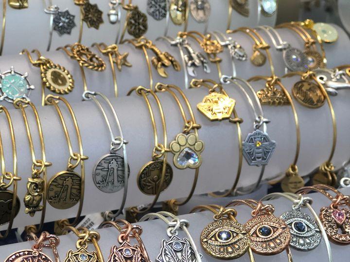 Tmx Img 8596 51 1063662 1557155906 Saint Clair, MI wedding jewelry