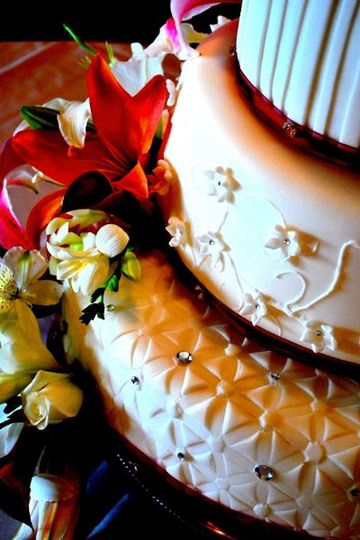 Cake Couture by Urban Perks - Wedding Cake 2