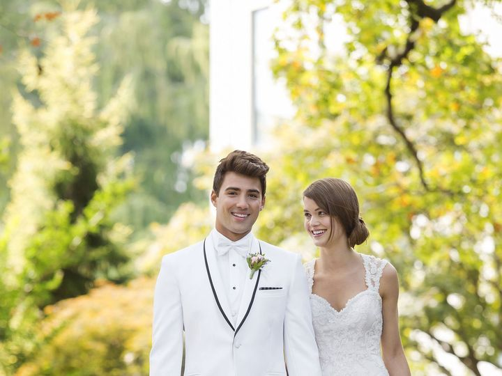 Tmx 1513032088 Cebb319e65993891 751 Waverly 3 Grover Beach, California wedding dress