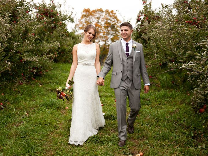 Tmx 1472234035683 Quonquontfarmwedding001 Greenfield wedding photography