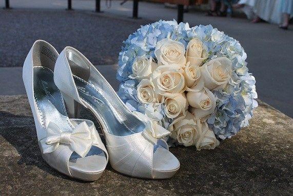beth ann shoes hydrangea