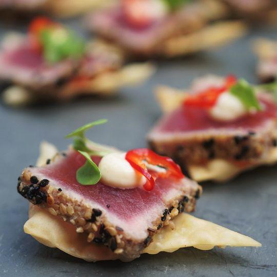 Seared tuna on wonton crisp