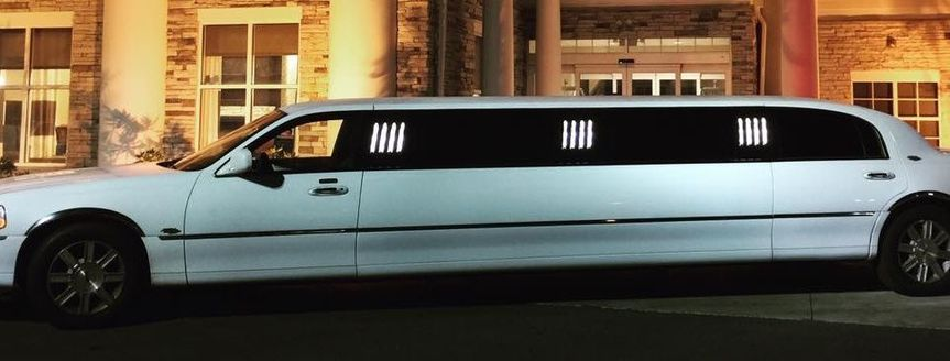 Lincoln Stretch Limousine, seats 9
