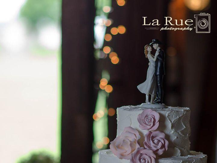 Tmx 1377098649889 Angieadamwedding1 1 009lg Dallastown wedding photography