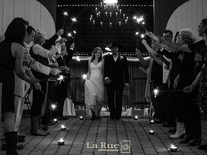 Tmx 1377098688554 Angieadamwedding1 3 031lg Dallastown wedding photography