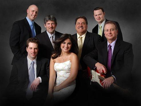 Tmx 1524483329 Dcc0135a70994b92 1524483328 14cefd268202a89f 1524483325544 5 5 Boston wedding band